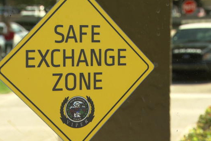 Online Shopping Safe Exchange Zones